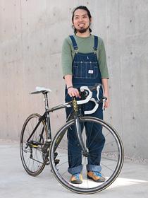 中山とロードバイクの写真