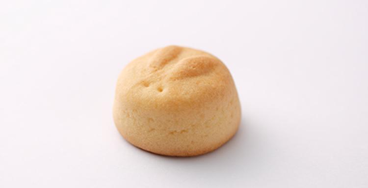 石川県金沢市・和菓子の「福うさぎ」の一口饅頭(ひとくちまんじゅう)たままる