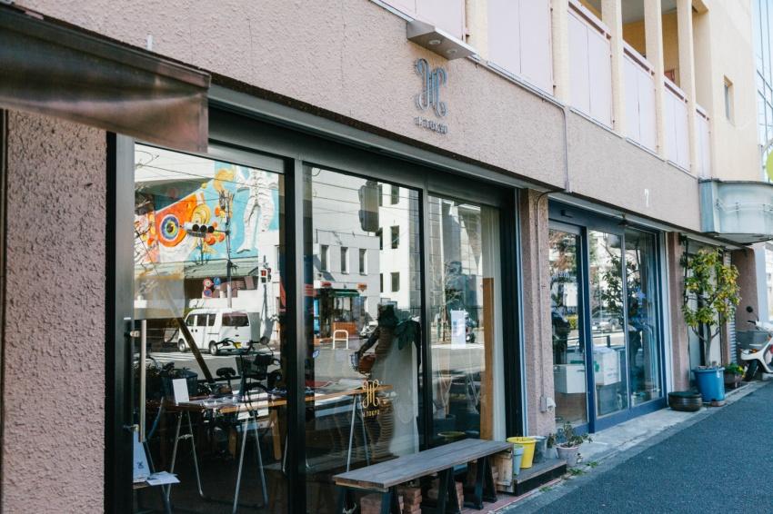 H TOKYO三宿本店でインタビューさせていただきました。