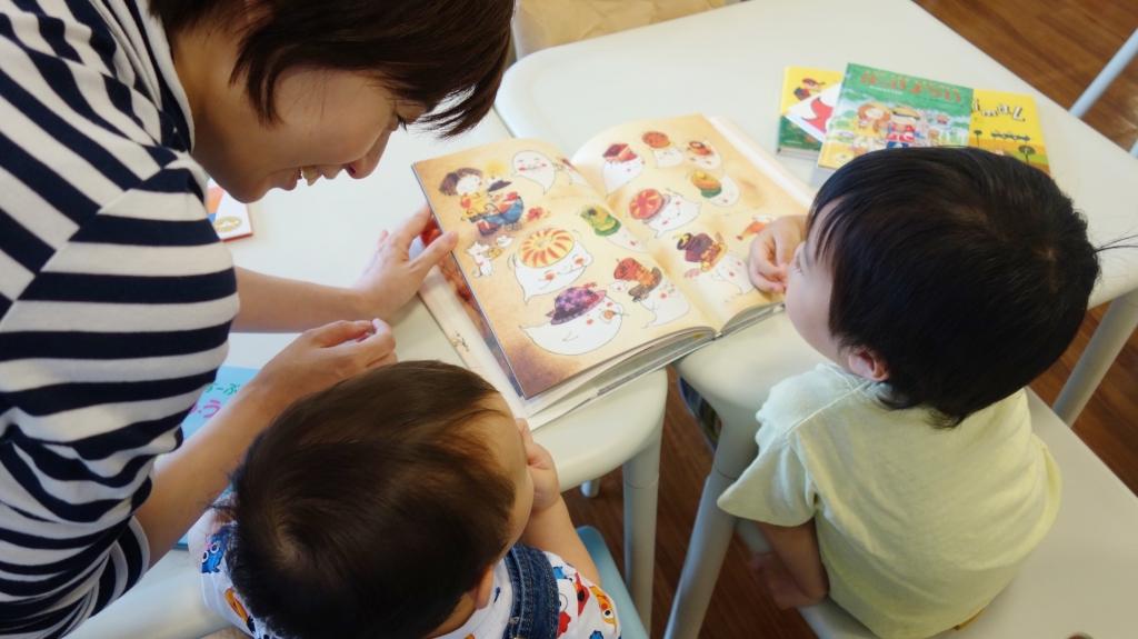 小さい子どもでもママが読んであげれば大丈夫。