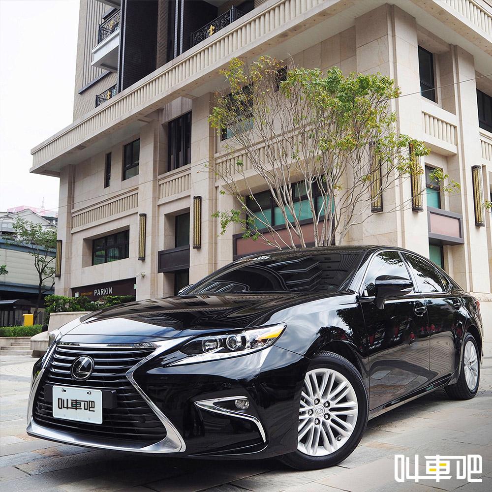 叫車吧機場接送:提供 Lexus ES 同等或以上豪華轎車