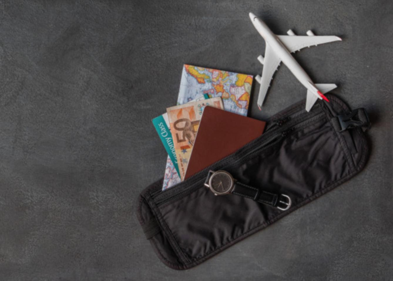 出國必備工具:隱形貼身腰包防盜包包
