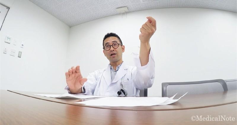 背中 の 痛み 肺炎