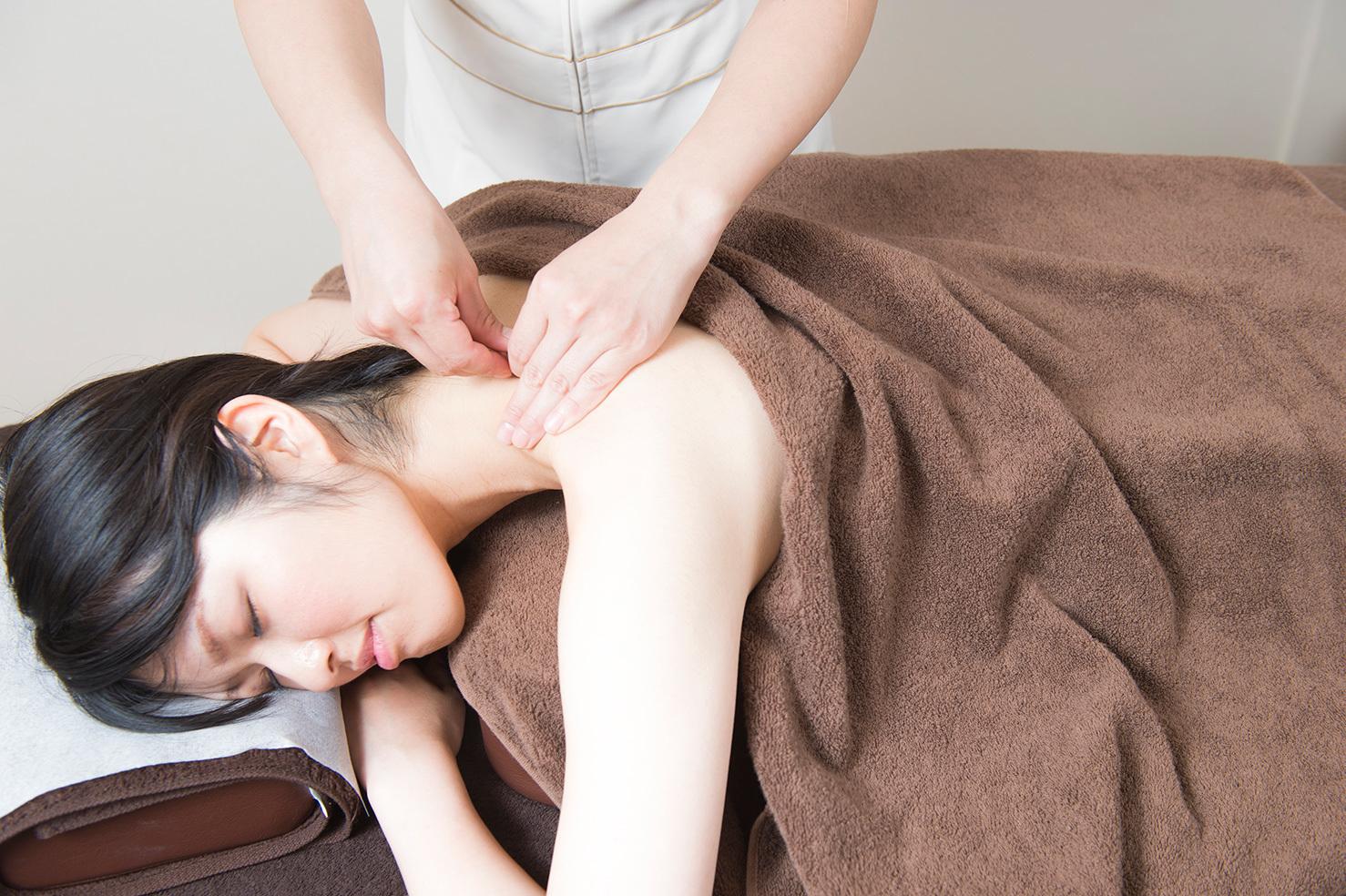 肩こり鍼灸・整体・ストレッチ(40分)