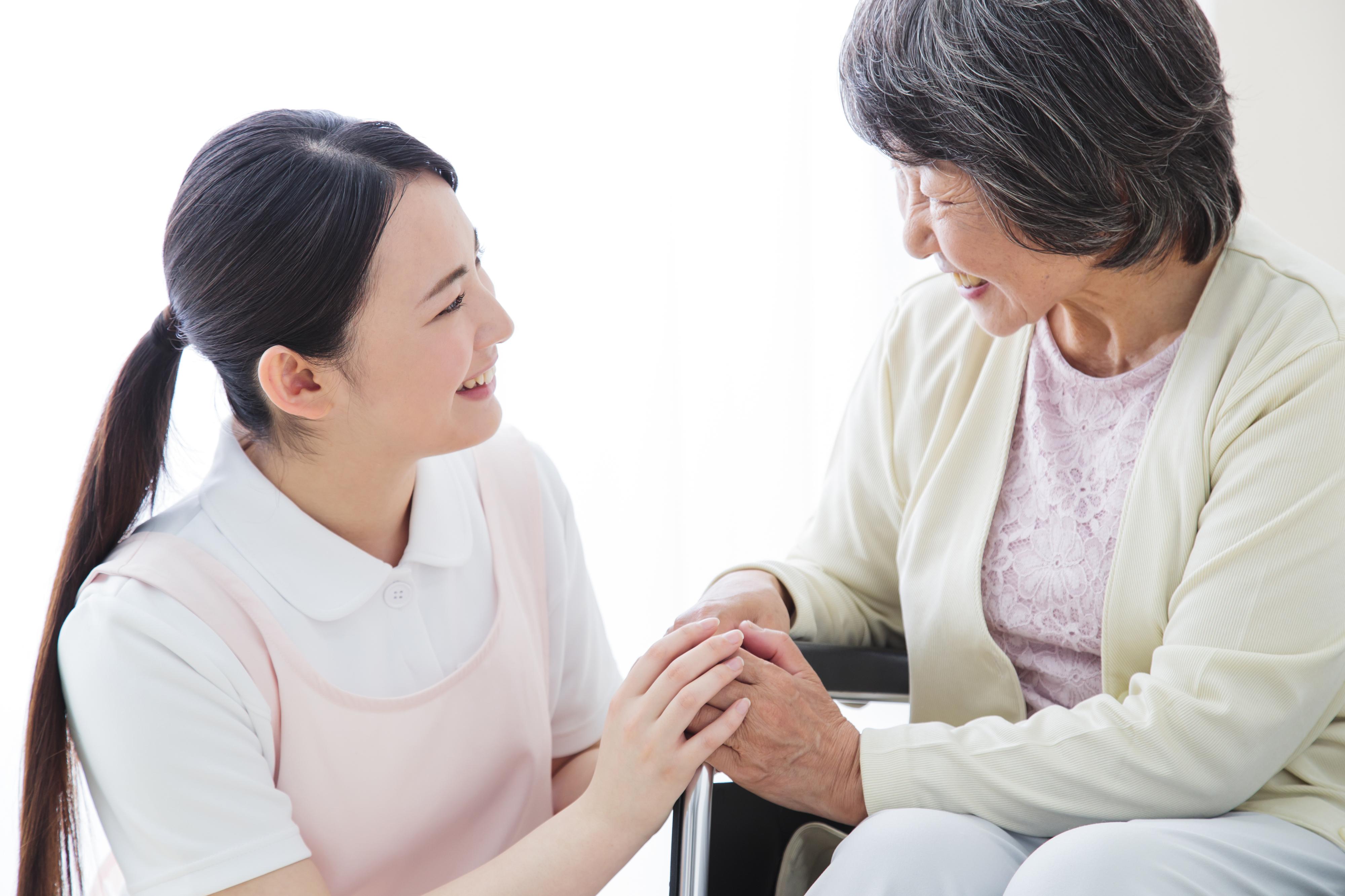 社会福祉法人キングスガーデン三重 特別養護老人ホーム 共生園/無資格/特別養護老人ホーム/常勤