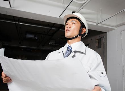 UNIVERSAL JAPAN株式会社/太陽光発電設備の電気設備設置:特定建設業の専任技術者<一級電気施工管理技士等の国家資格>