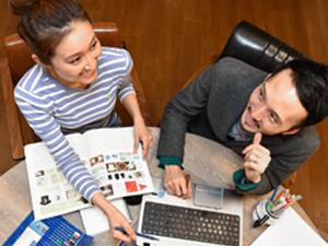 株式会社インテリジェンス/「DODA」求人広告を手掛けるWebデザイナー/業界未経験歓迎・残業は20時間程度・完全週休2日制