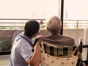 社会福祉法人江戸川豊生会/オープニングスタッフを含め定着率が自慢の介護スタッフ/離職率4.4%/年間休日110日以上