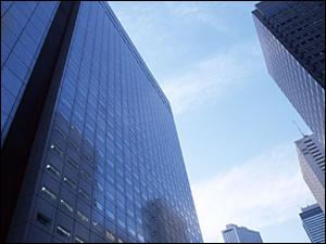 オリックス・ファシリティーズ株式会社/フロント営業/建物管理のプロデューサー(※年間休日128日/賞与年4回/研修制度充実)