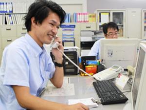 株式会社HAA神戸/日本最大級のカーオークションのアフターフォロースタッフ(車のプロの方々に頼りにされる仕事です)