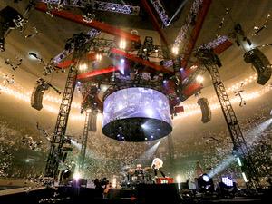 日本ステージ株式会社/舞台装置の「開発エンジニア」/昇降装置やドローンなど、コンサートに用いる機材の開発/他業界経験者歓迎