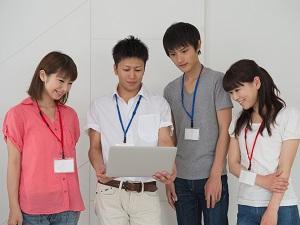 ピークヤム株式会社/企画・マーケティング職/若手から50、60代まで幅広く活躍中