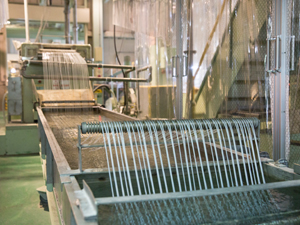 株式会社 MEPCOM四日市(三菱エンジニアリングプラスチックス株式会社100%出資)/スタッフ(成形用高機能プラスチック材料製造の管理業務)