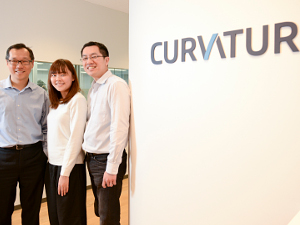 カーバチュア・ジャパン合同会社/サービス デリバリー マネージャー/直近3年は前年比150%の成長企業/グローバルな環境で働けます