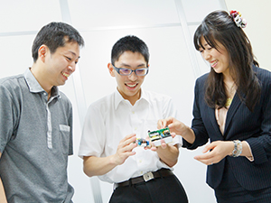 オムロン パーソネル株式会社(オムロン100%出資)/オムロン製品のソフトウェア設計エンジニア