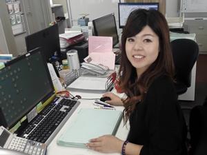 シーケンシャル株式会社/総合職【保険営業/一般事務】移転したばかりの綺麗なオフィス☆