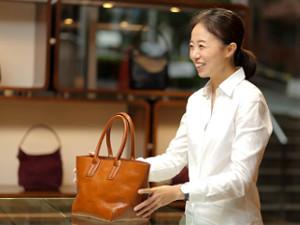 株式会社ヒロフ【HIROFU】/HIROFUのショップスタッフ/誠実なモノづくりで創業40年/社員の9割は女性(人柄重視採用)