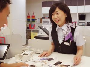株式会社ドコモCS北海道/直営ドコモショップでの販売スタッフ ◆独自の資格制度で、スキルアップを応援!
