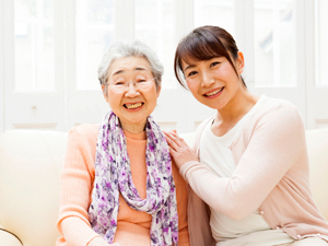 ケア・トラストビジョン株式会社/介護職員/サービス付き高齢者施設で勤務/勤務地複数あり/無資格・未経験大歓迎/経験者も大歓迎