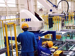 ファインテック株式会社/産業用ロボット等のサービスエンジニア/未経験歓迎/賞与8カ月/業界大手メーカーのグループ企業