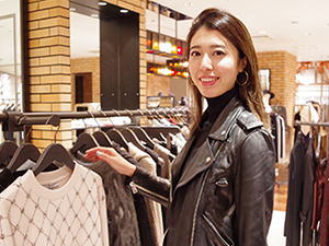 ALLSAINTS JAPAN株式会社/スタイリスト/管理職(2016年日本初上陸、今後店舗拡大していきます/海外研修あり)