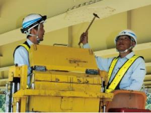 西日本高速道路エンジニアリング九州株式会社/技術総合職(土木道路技術者、電気・通信・機械設備技術者、緑地技術者のいずれか)