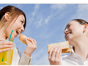 サンブランチ株式会社/商品開発/サンドイッチやお弁当を企画・提案(未経験歓迎)