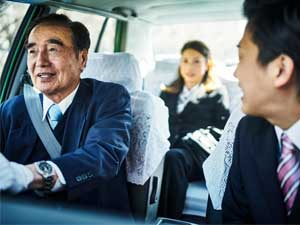 新大阪タクシー株式会社/タクシードライバー(AT専用の2種免許取得費用を全額会社負担!)