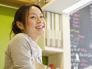 リベラシオン株式会社/Webデザイナー/実務未経験スタートOK/福岡勤務/年間休日120日以上
