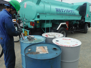 有限会社リサイクリング産業/取引先工場などでの清掃・回収作業/ドライバー兼務(資格も取得できます)