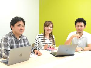 株式会社Newbees/完全自社内開発のWeb・アプリエンジニア/プライベートも充実/新宿駅からすぐのきれいなオフィス