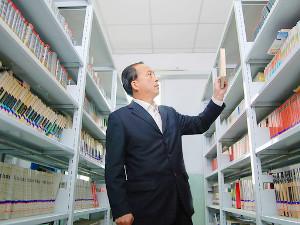 株式会社ヴィアックス/公立図書館の館長候補/研修充実/業界トップクラスシェア企業/正社員登用制度あり