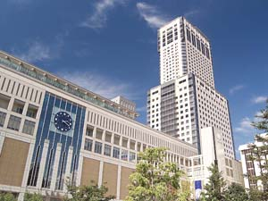 JR北海道ホテルズ株式会社/◆ホテルサービススタッフ(宿泊予約スタッフ/フロントスタッフ)
