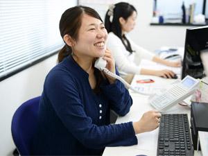 株式会社ネットショップ支援室/カスタマーサポート(残業月平均10〜20時間/残業代100%支給/オシャレなオフィスで働く!)