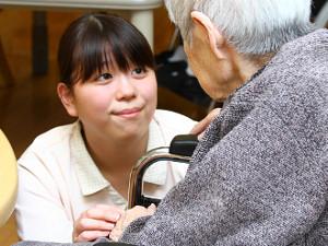 【特別養護老人ホーム ライフコートさかえ】 社会福祉法人 豊笑会(ほうしょうかい)の求人情報