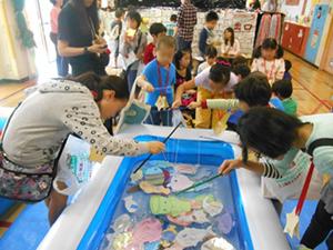 特定非営利活動法人ワーカーズコープ 東京中央事業本部/学童クラブ・児童館の職員(東京都内)/常勤職員・非常勤職員 同時募集/子どもたちと共に成長できます