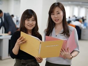 汐留パートナーズ株式会社/会計税務スタッフ/語学力を活かしてグローバルな活躍を実現/土日祝休