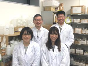 日本生化学株式会社/研究開発・品質管理(入浴剤・化粧品など)/年間休日124日