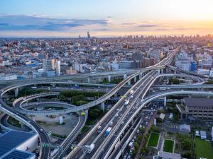 株式会社ハイウエイ管制/阪神高速道路を守る設備管理(電気・通信・交通管制システム)