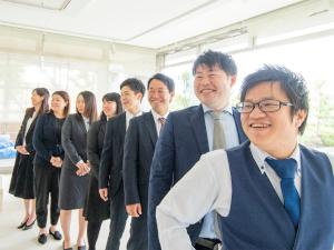 株式会社和上ホールディングス/(社長候補募集)営業/テレアポ・飛び込みなし/定着率100%