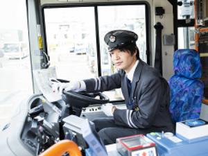 ジェイ・アール北海道バス株式会社/路線バス運転手(普通免許で応募OK/未経験スタートも大歓迎)