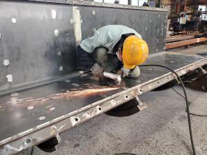 株式会社小松製作所/未経験歓迎/職人のような製造・機械加工スタッフ/年休119日
