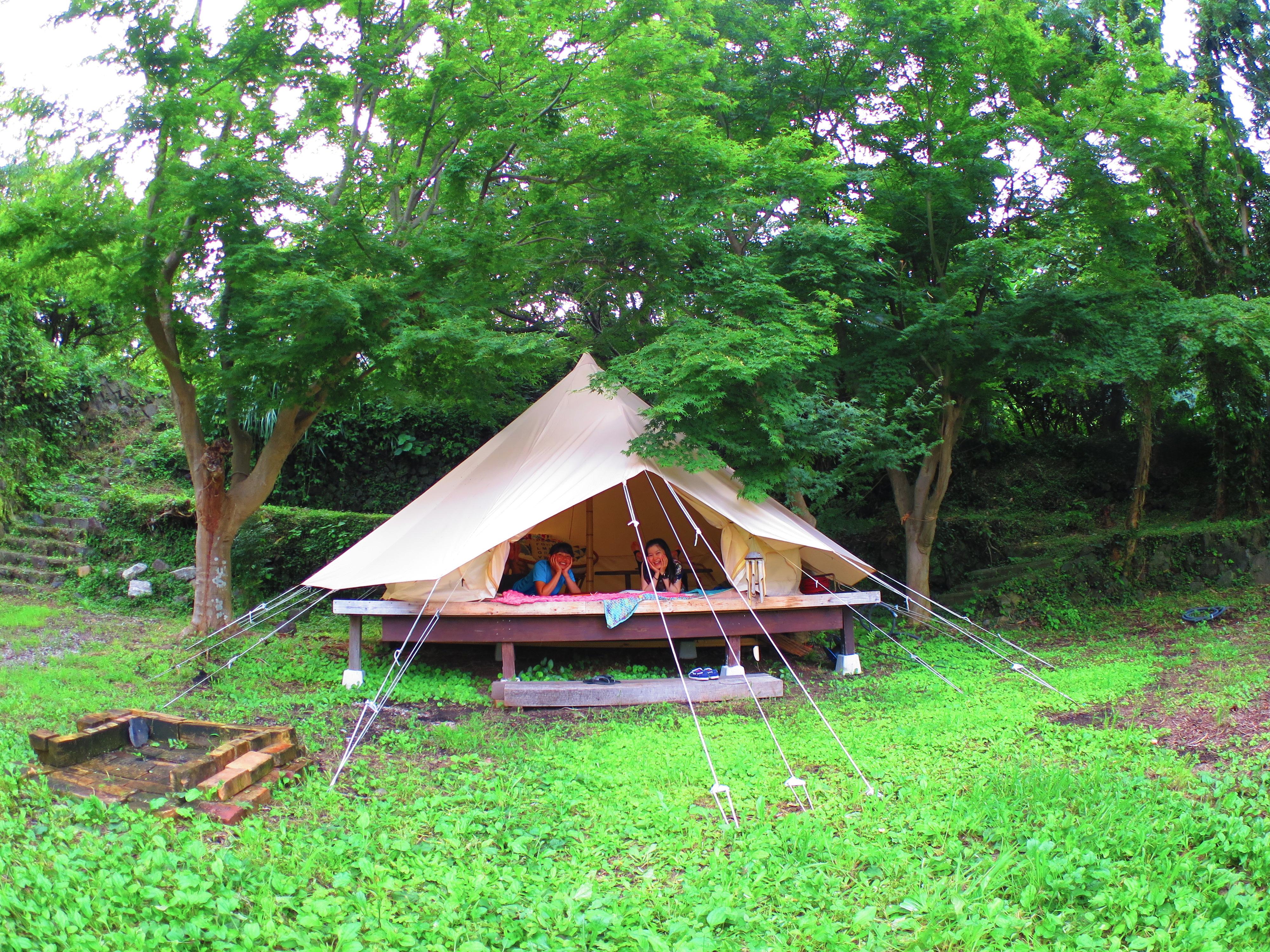 「テントの中広い!気持ちいい〜!」手ぶらで来てテント泊。ご相談ください。4名まで泊まれます!