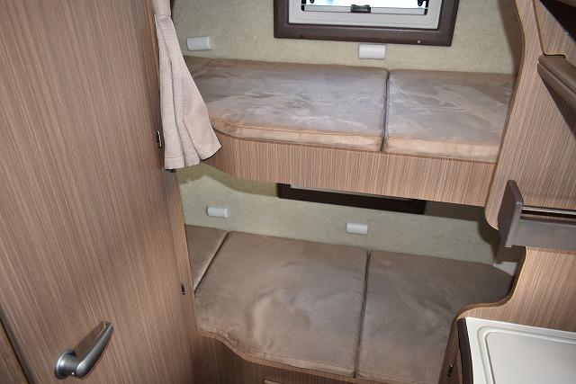 リア2段ベッド サイズ:1,920×630(580)