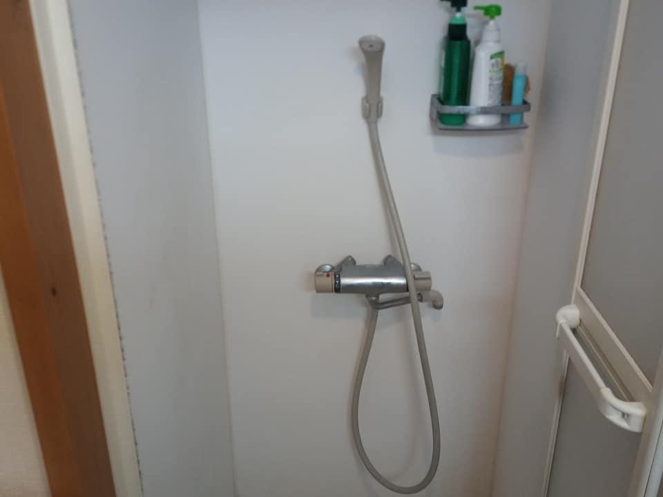 清潔な無料シャワー