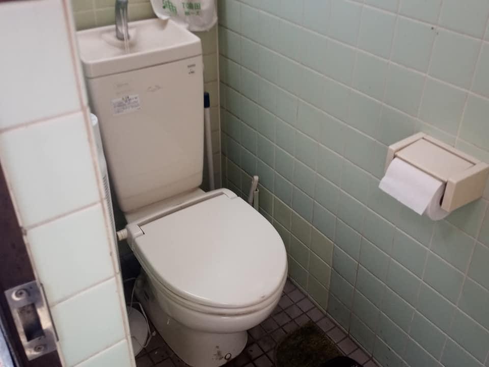 敷地内トイレ利用可能