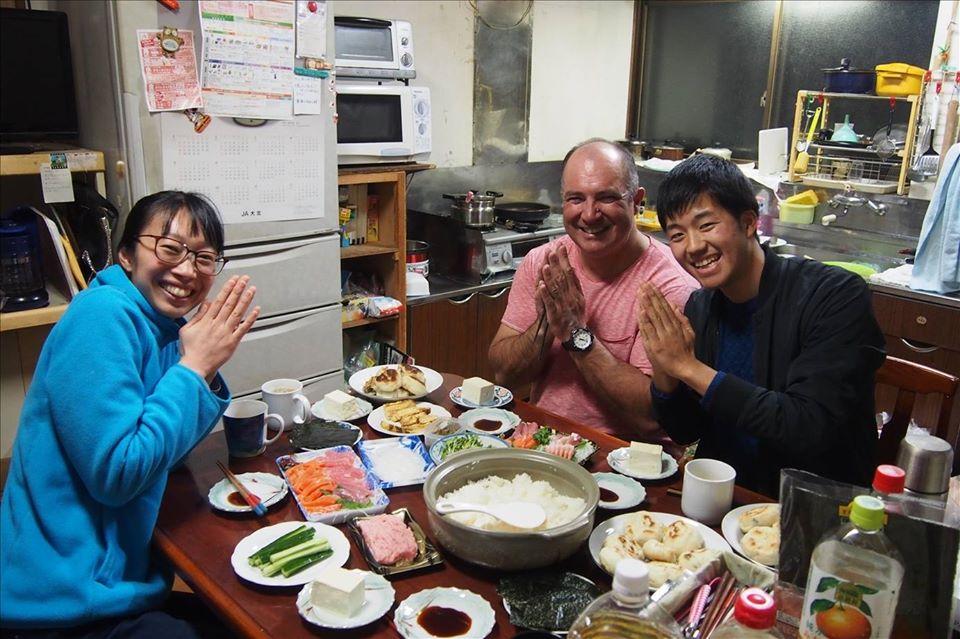 Let's eat together!
