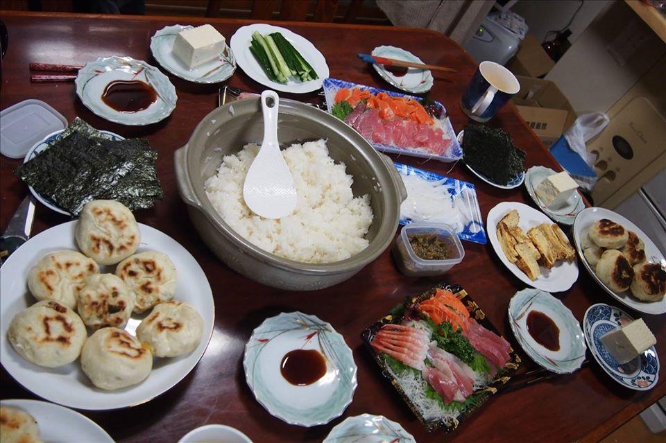 日本の料理が食べられます(写真はイメージです)