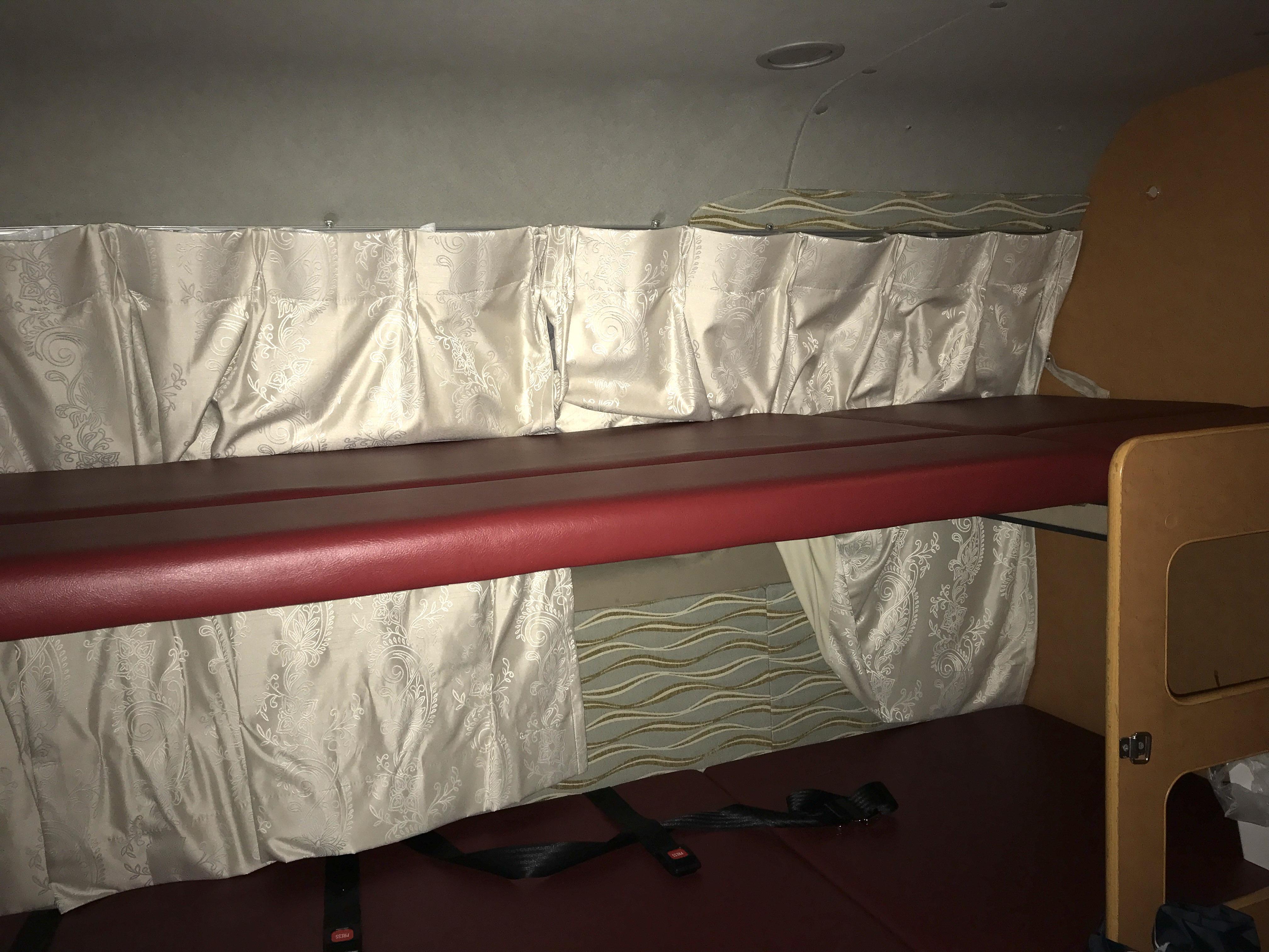ソファーを二段ベッドにした時