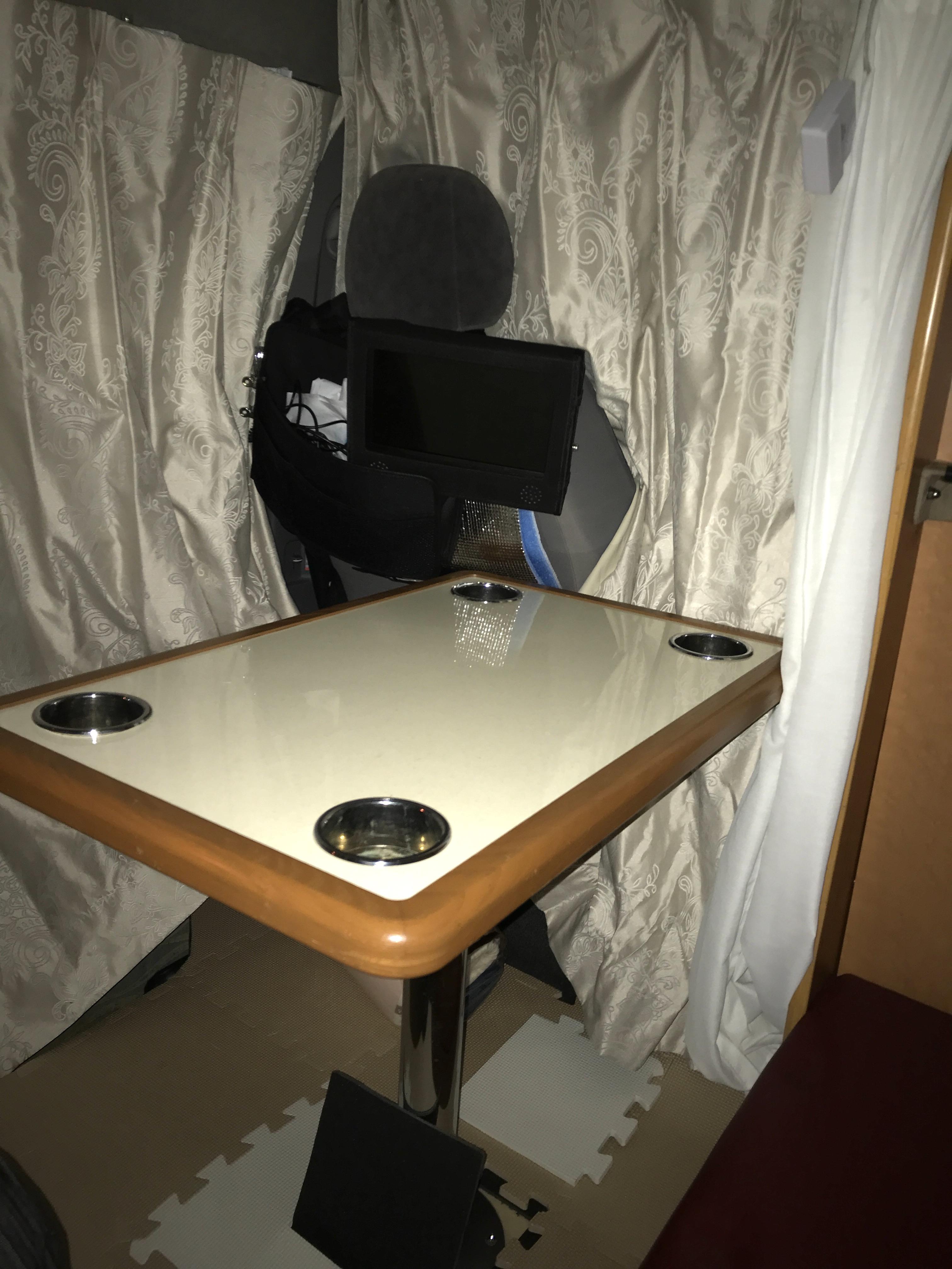 追加テーブル  ※ポータブルDVD/テレビもあります